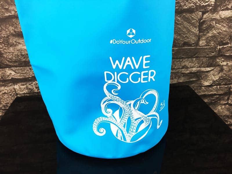 Dry Bag Test - wasserdichter Packsack DoYourOutdoor 5 Liter blau Logo