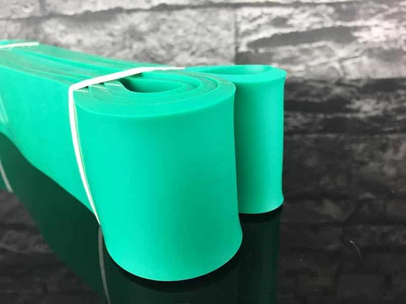 Fitnessband Test Boundletics grün 20 bis 55 kg seitliche Ansicht