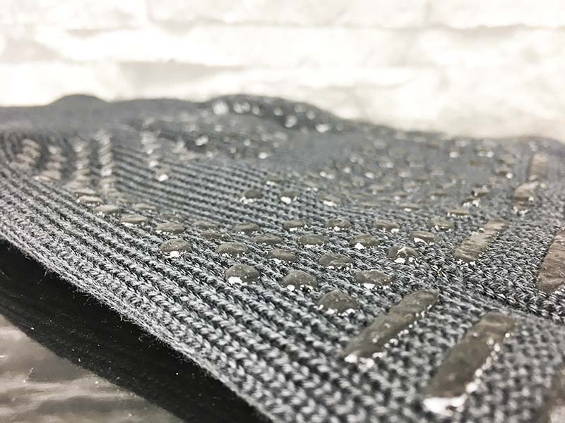 Grillhandschuhe Test - Feuermax BBQ Grillhandschuhe Oberfläche