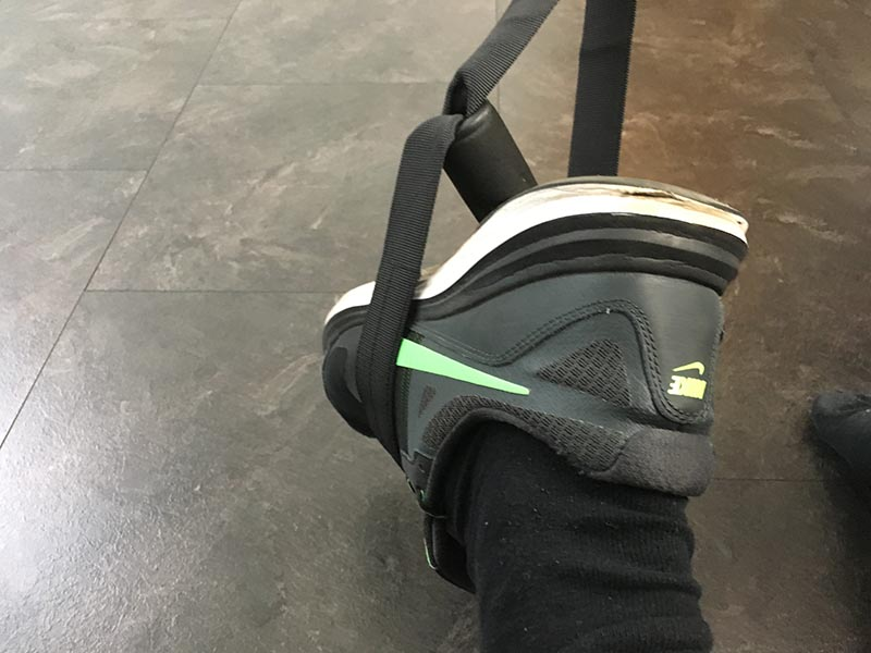 Schlingentrainer Test Sportastisch Sling Trainer Pro Verpackung Übung Fuss