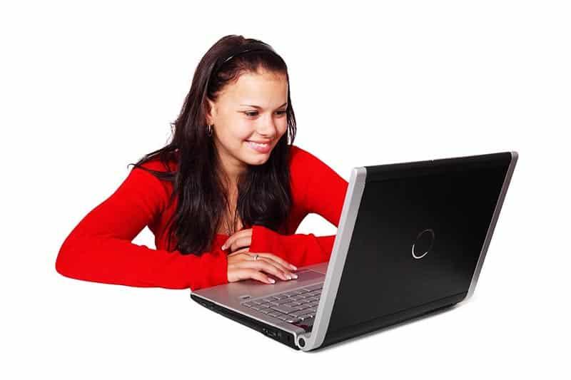 Vergleichstests Frau Laptop Startseite
